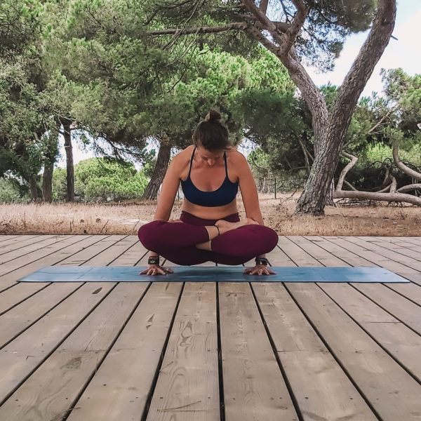 Samantha Garstin Yoga / Tolasana / Portugal